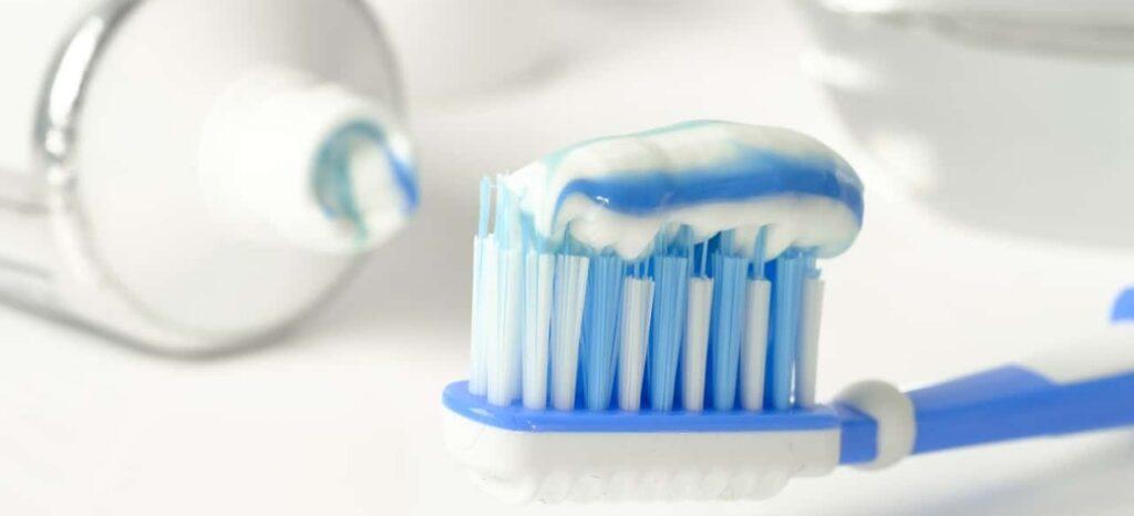 Flouride Protects Teeth
